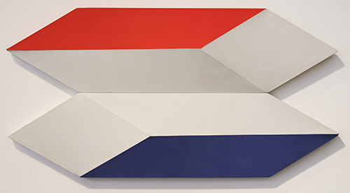 Charles Hinman, 'Docking In Space', 1970, Shaped canvas, 28.75 x 56.5 x 5 in (74 x 144 x 13 cm).