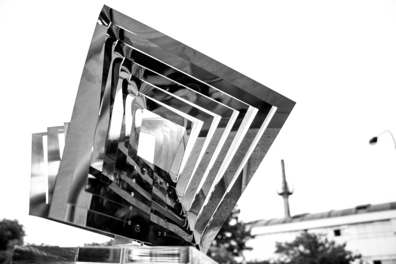 Nadia Costantini, 'Torsioni', 2015, polished stainless steel, 23 x 28 x 38 cm.